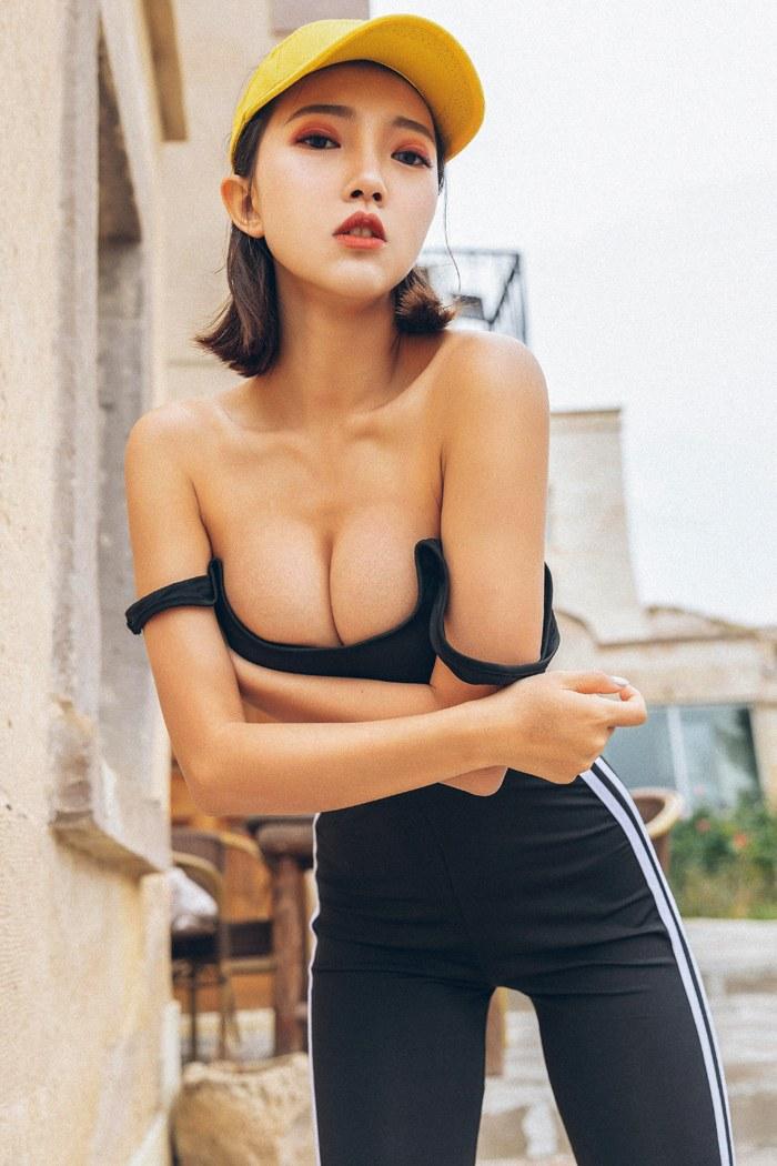 连衣优女郎 [44P]