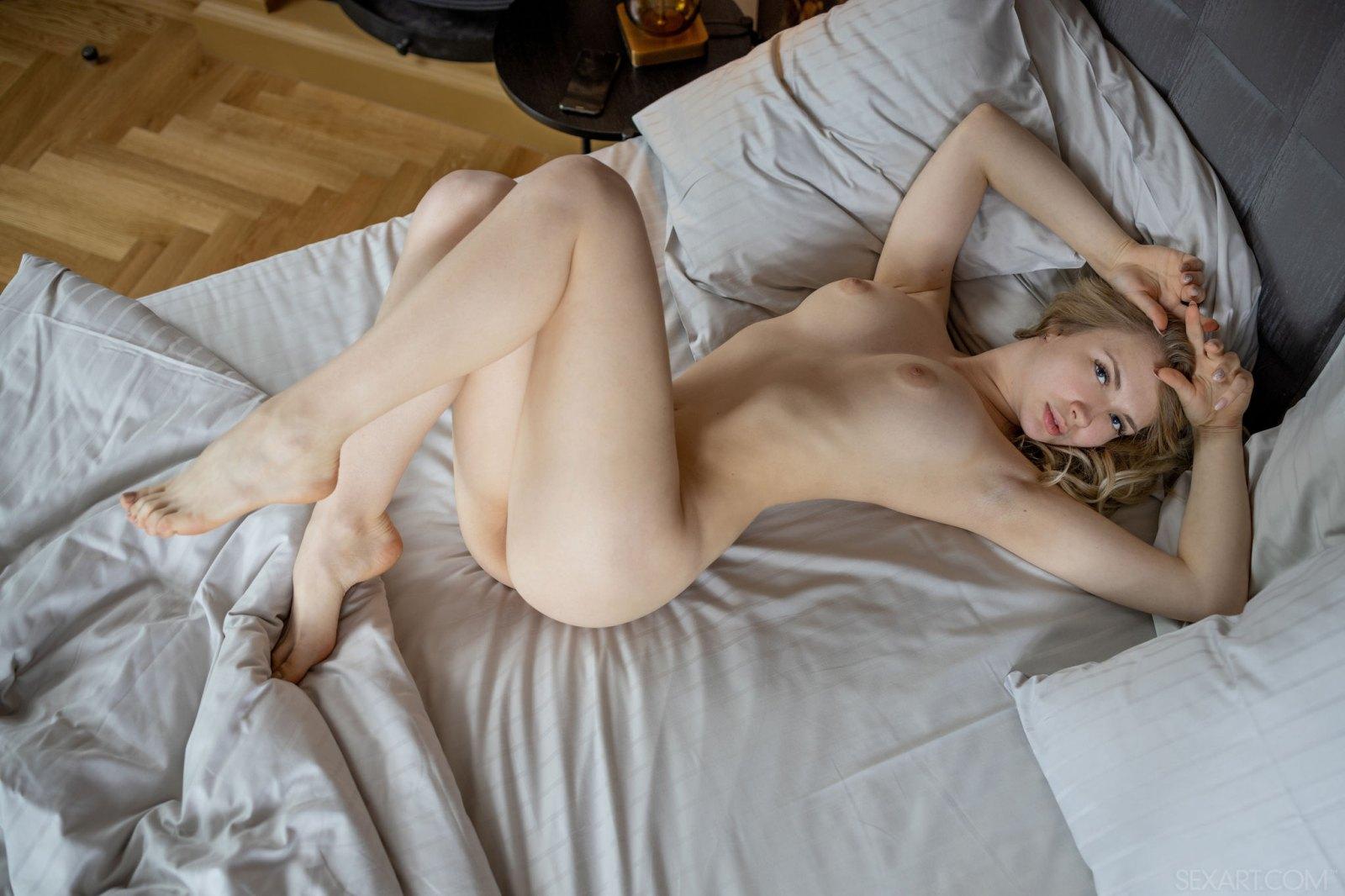 Sophie Gem的淫荡俏皮[20P]