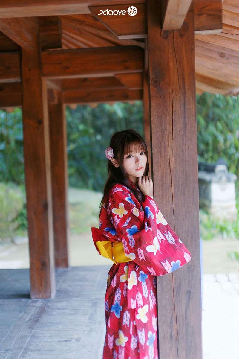 日本和服刘海美女