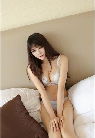 性感模特美女Foxlag内衣写真